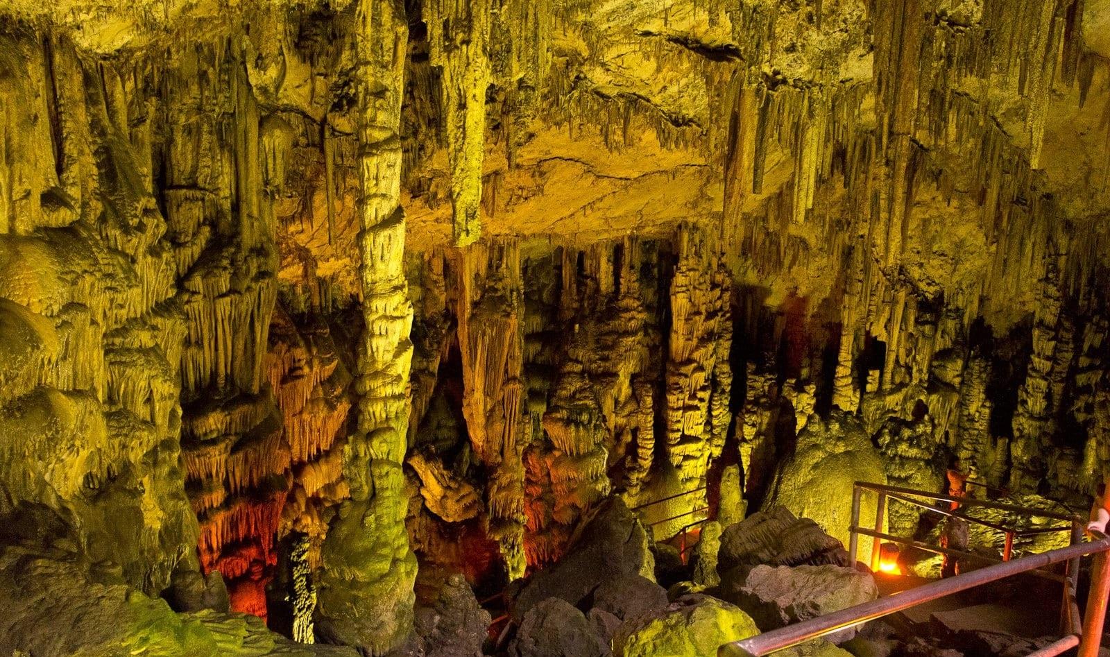 Крита-Диктейская пещера