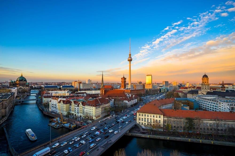 Билеты на самолет Будапешт Берлин дешево