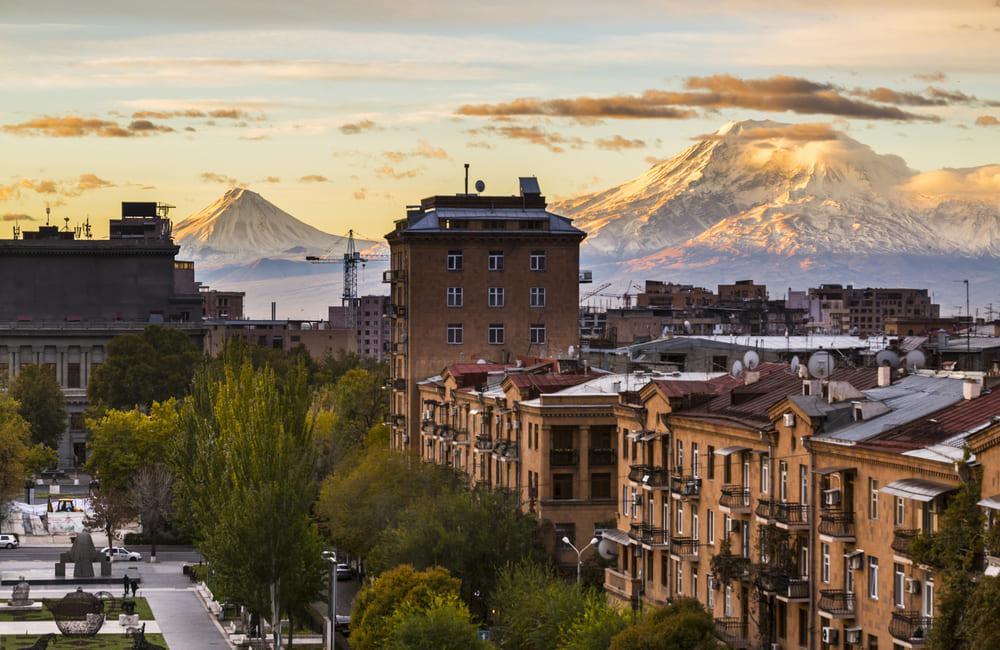 Билеты на самолет Сочи (Адлер) Ереван дешево